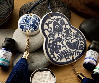 Porcelain Fragrance Décor